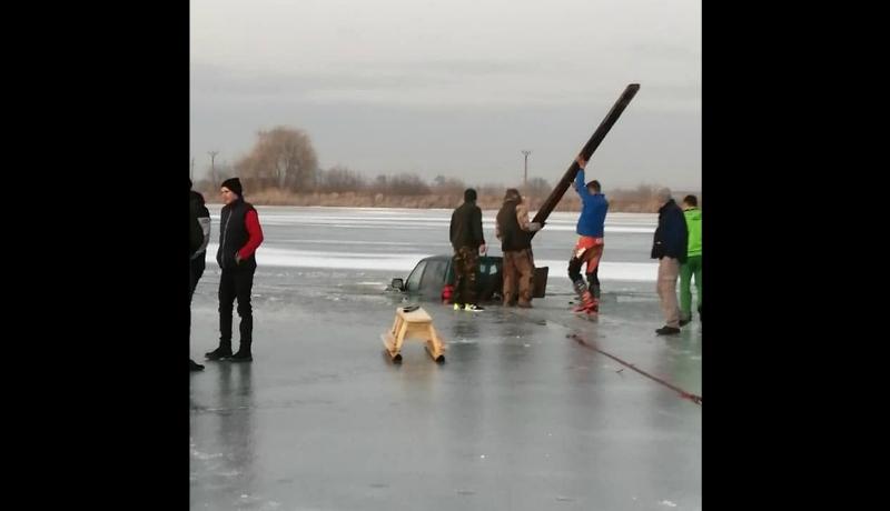 Miért nem jó, ha autóval rástartolunk, például a Rétyi-tó jegére?